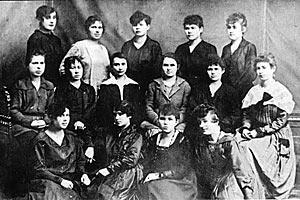 Первые российские телефонистки