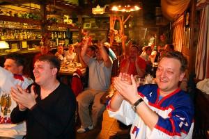 Фотография с финального матча ЧМ по хоккею 2010: болельщики