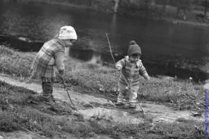 А дети подчас и сами отчаянно ищут, чем бы им заняться интересным и познавательным.